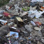 dangerous-garbage-in-Dhanda