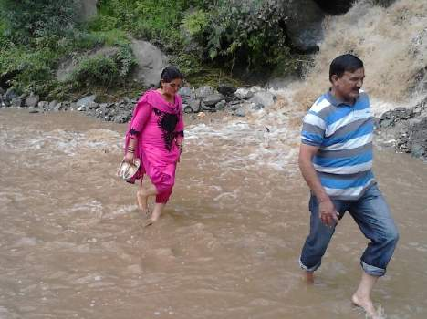 cloudburst-and-heavy-rainfall-in-himachal-causes-extensive-damage8