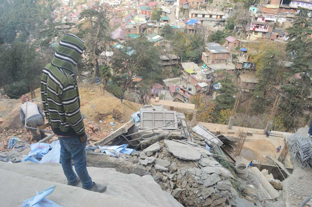 Shimla-Circular-Road-landslide-lift-parking