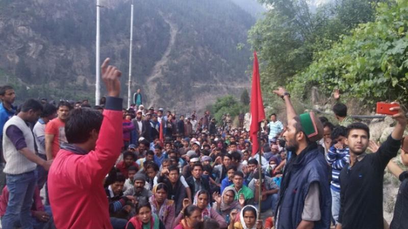 Kinnaur laborers protest