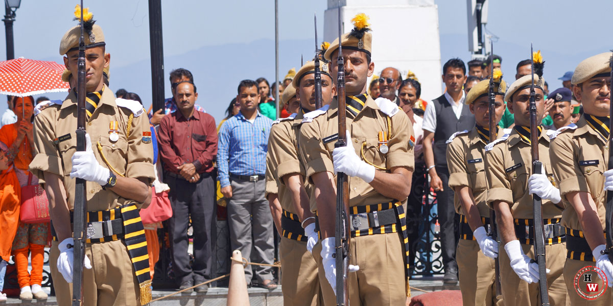 Shimla-Police-Gaurd-of-Honour-atRidge-Shimla