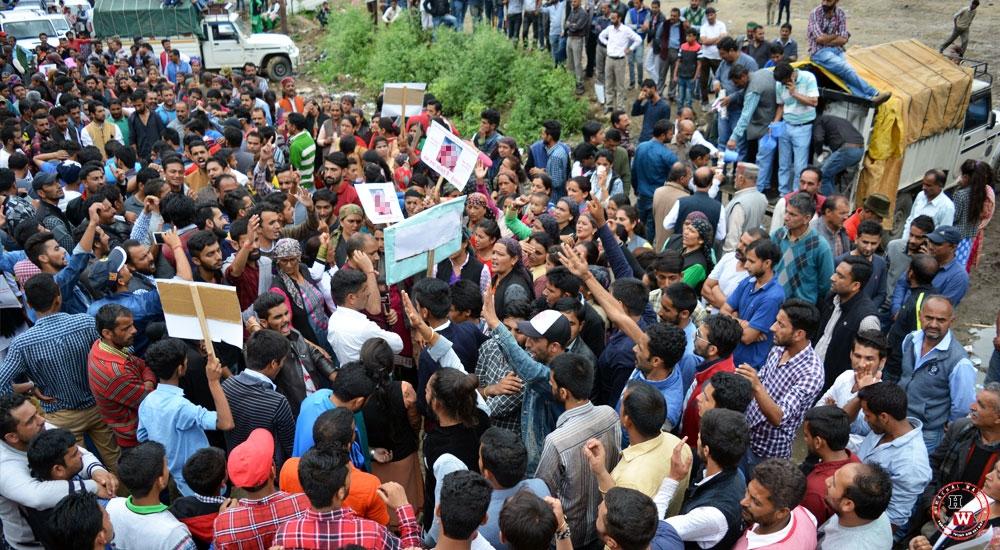 Massive-Protest-in-gumma
