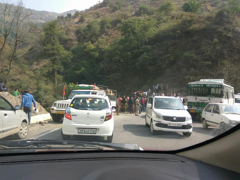 HRTC bus accident on Theog Chhaila Road at around 8AM. Around 26 injured. Bus was on way to Tikkar.