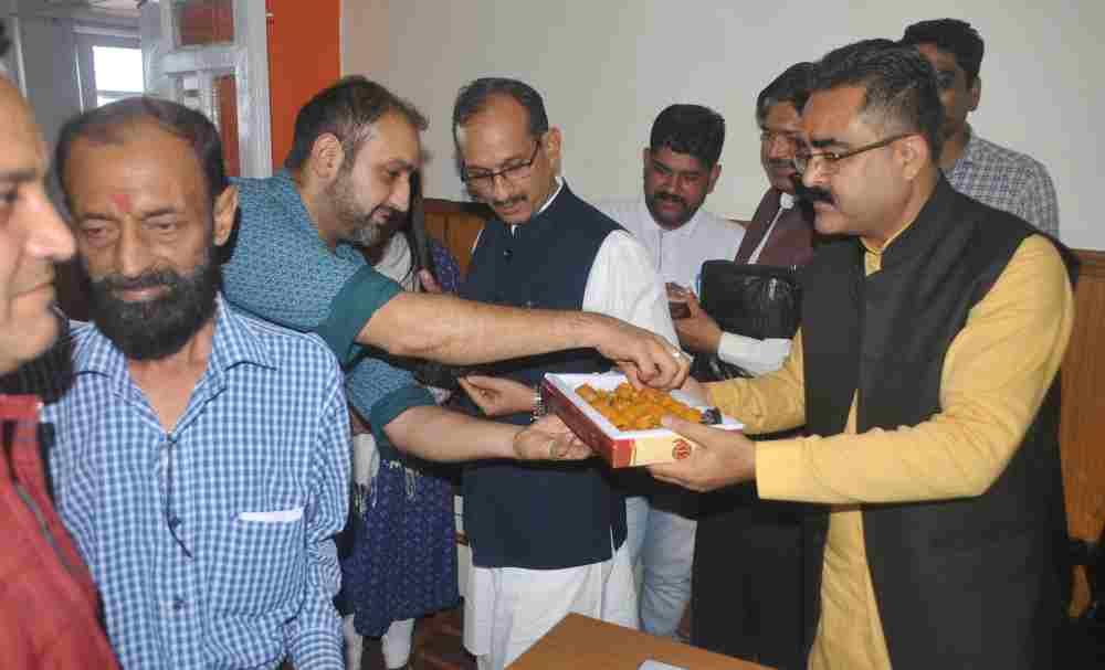 CM Jairam Thakur and BJP Welcomes Move to Scrap Article 370