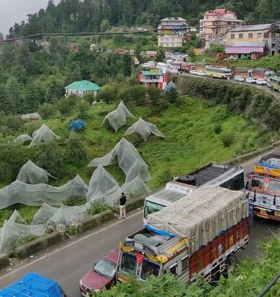 Shimla roads closed due to rain